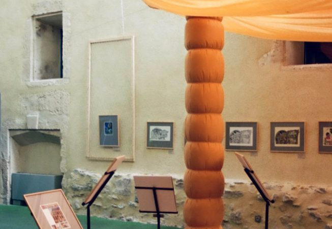 Scénographie d'exposition à L'Espace Van Gogh à Arles
